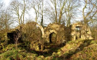 The ruins of Haughton chapel today, by Richard Guthrie
