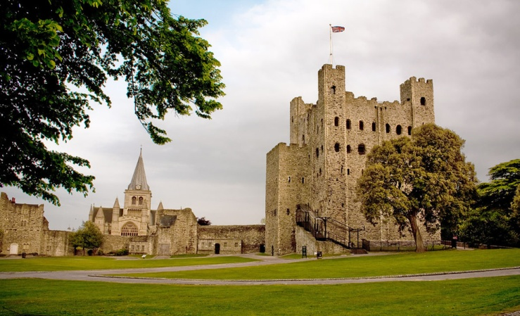Rochester Castle in Kent, by llamnudds, Flickr (CC-BY-SA-2.0)
